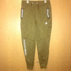 Rocawear joggers